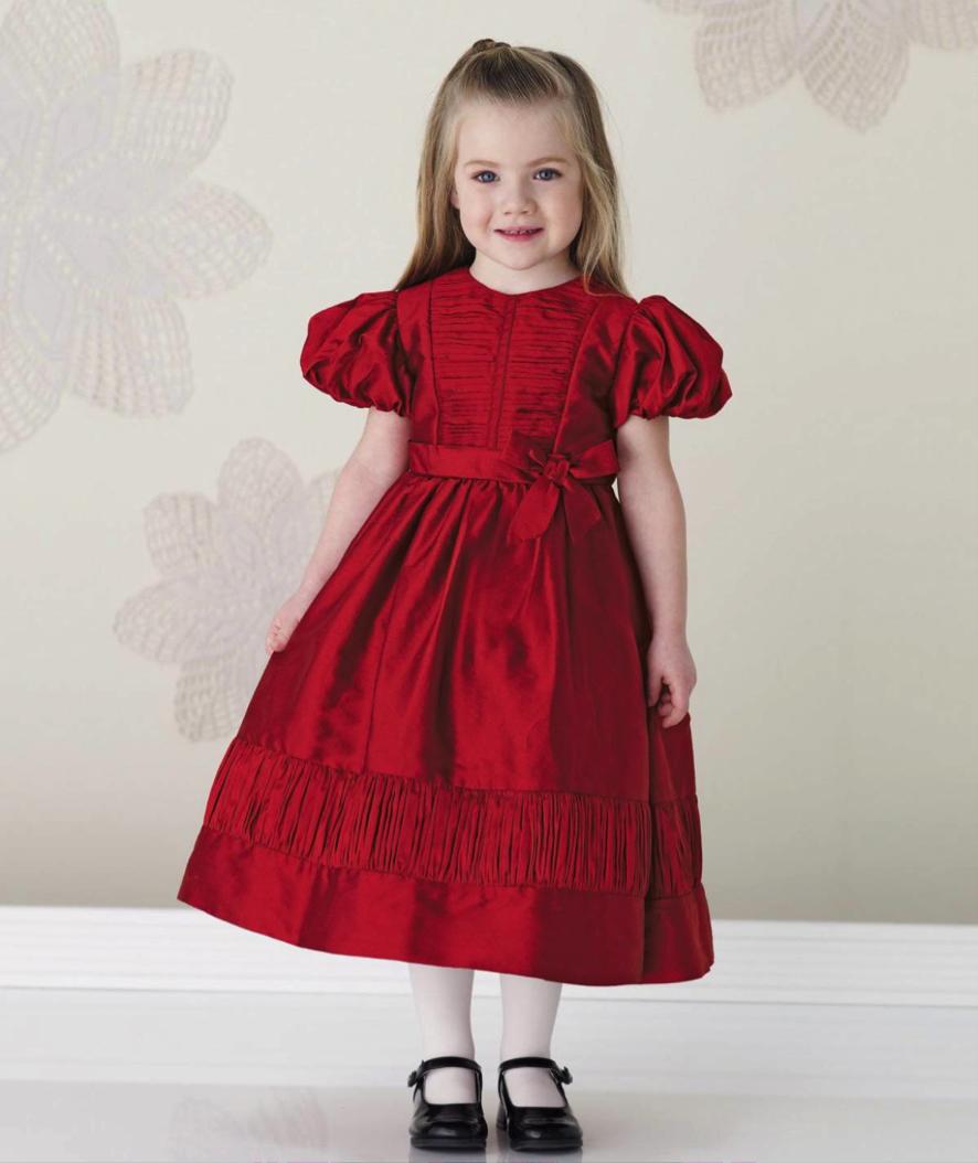 Vestido para daminha no tom vermelho