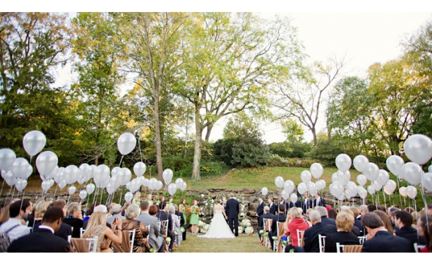 8 maneiras de deixar seu casamento lindo usando balões  -> Decoração Balões Casamento
