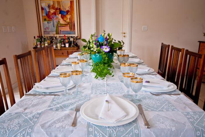 5 dicas econ u00f4micas para festa após o casamento civil As Lembrancinhas de Casamento -> Decoração Simples Para Mesa De Restaurante