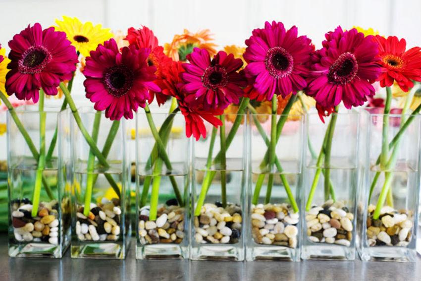 Os 9 arranjos de flores mais lindos para decorar as mesas  : gerbera from www.aslembrancinhasdecasamento.com size 850 x 567 jpeg 122kB