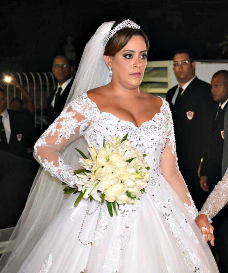Detalhes do vestido da noiva de Péricles