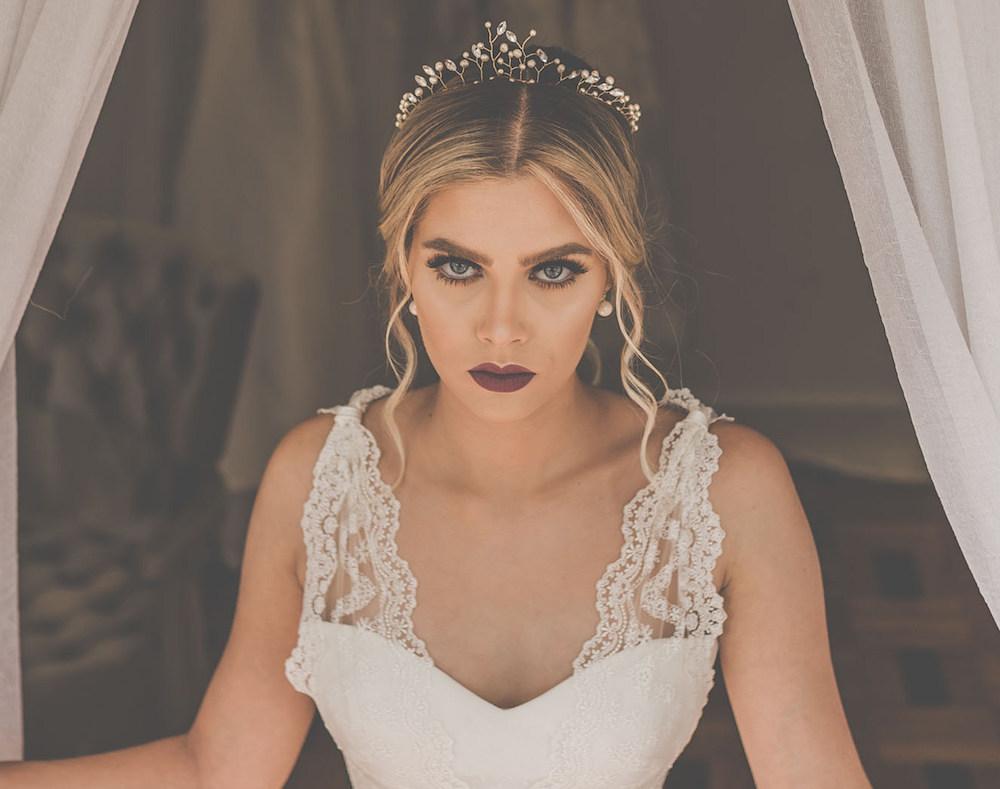 Coroa para noivas aflorar