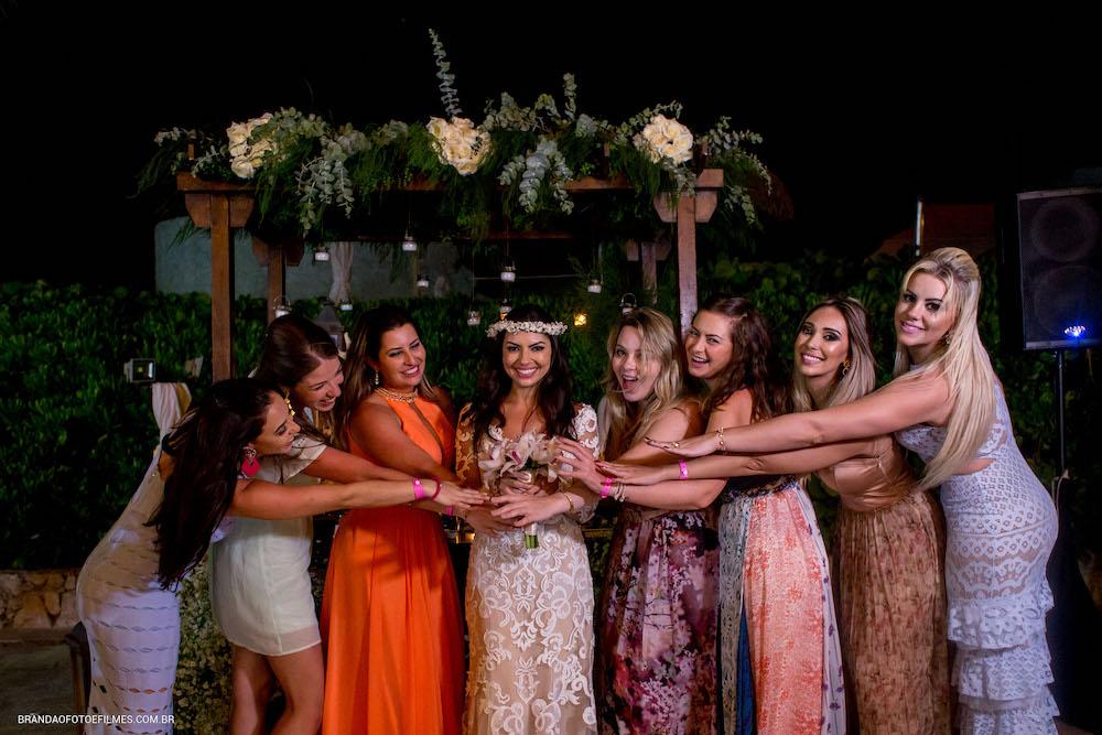 Noiva com as madrinhas